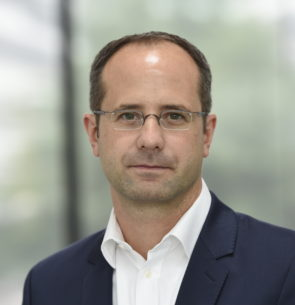 Steffen Henke, </br>Vodafone Germany